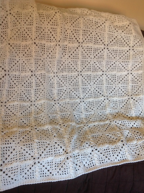 Click to enlarge Falling Snowflakes Afghan