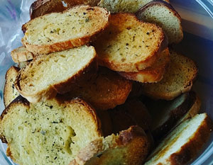 Click to enlarge Roasted Garlic & Italian Herb Baguette Chips