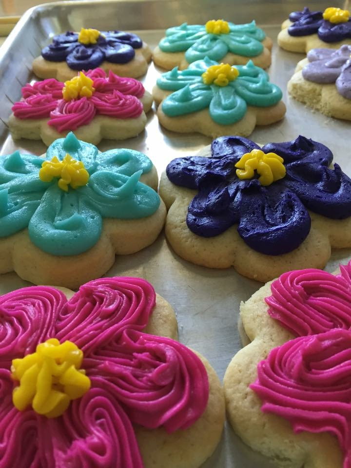 Click to enlarge Iced Sugar Cookies