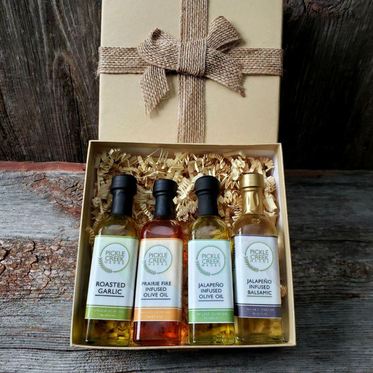 Click to enlarge Heat Lovers Olive Oil & Balsamic Vinegar Gift Box